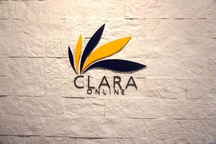 クララオンラインのロゴです。